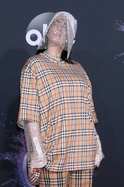 47th American Music Awards - Arrivals