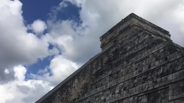 Time lapse of the kukulkan pyramid in Chichen Itza