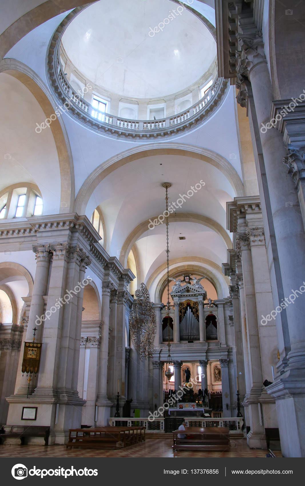 Venezia italia 22 giugno chiesa di interni di san for Immagini di interni