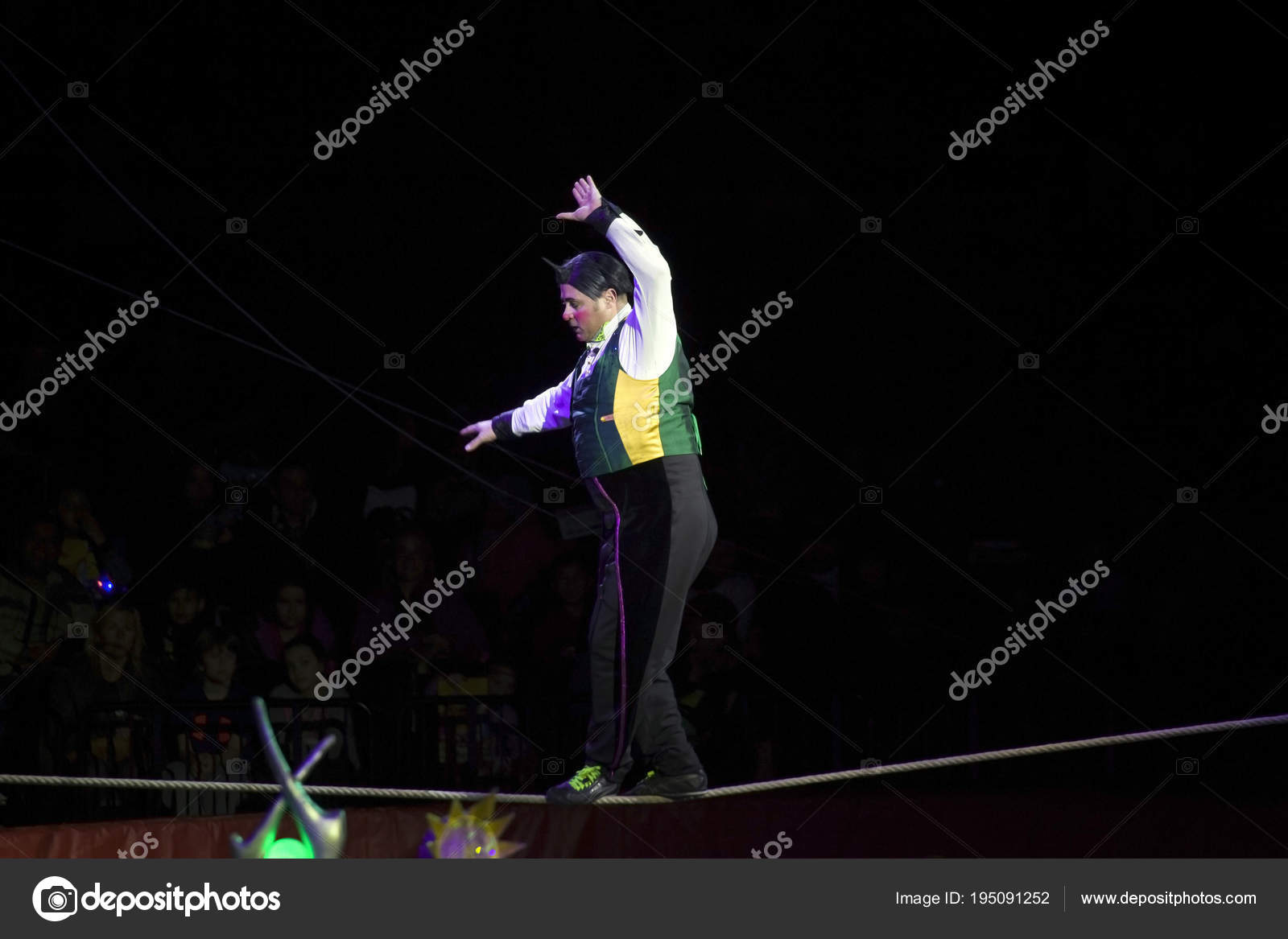 Clown On A Wire Center 1997 Gmc Yukon Wiring Schematicdome Courtesy Light Circuit Circus Performs During Ringling Bros Show In Brook Rh Depositphotos Com Republican