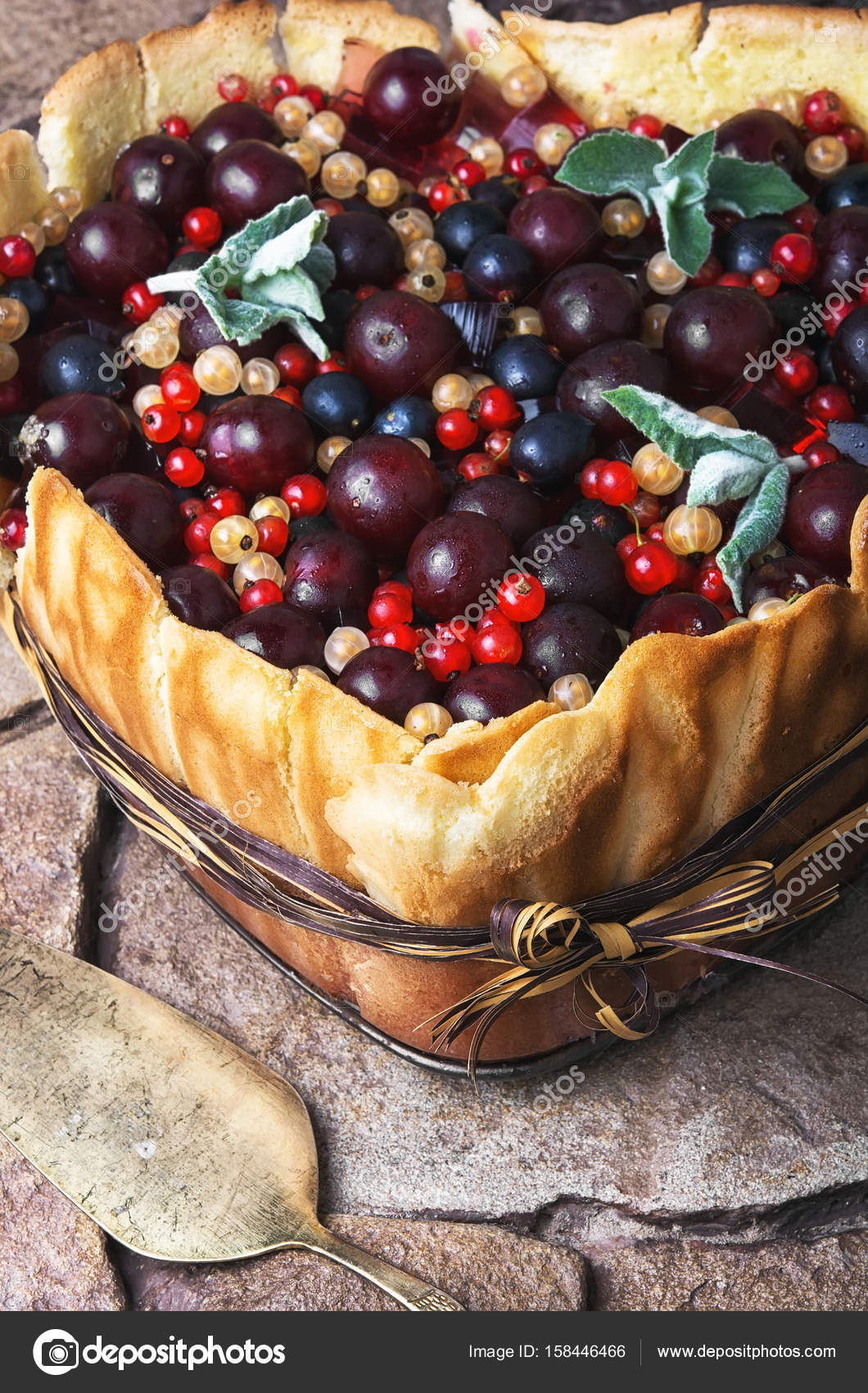 Delicious Rustic Berry Summer Pie With Cherry Currant Raspberry Filling Photo By Nikolay Donetsk