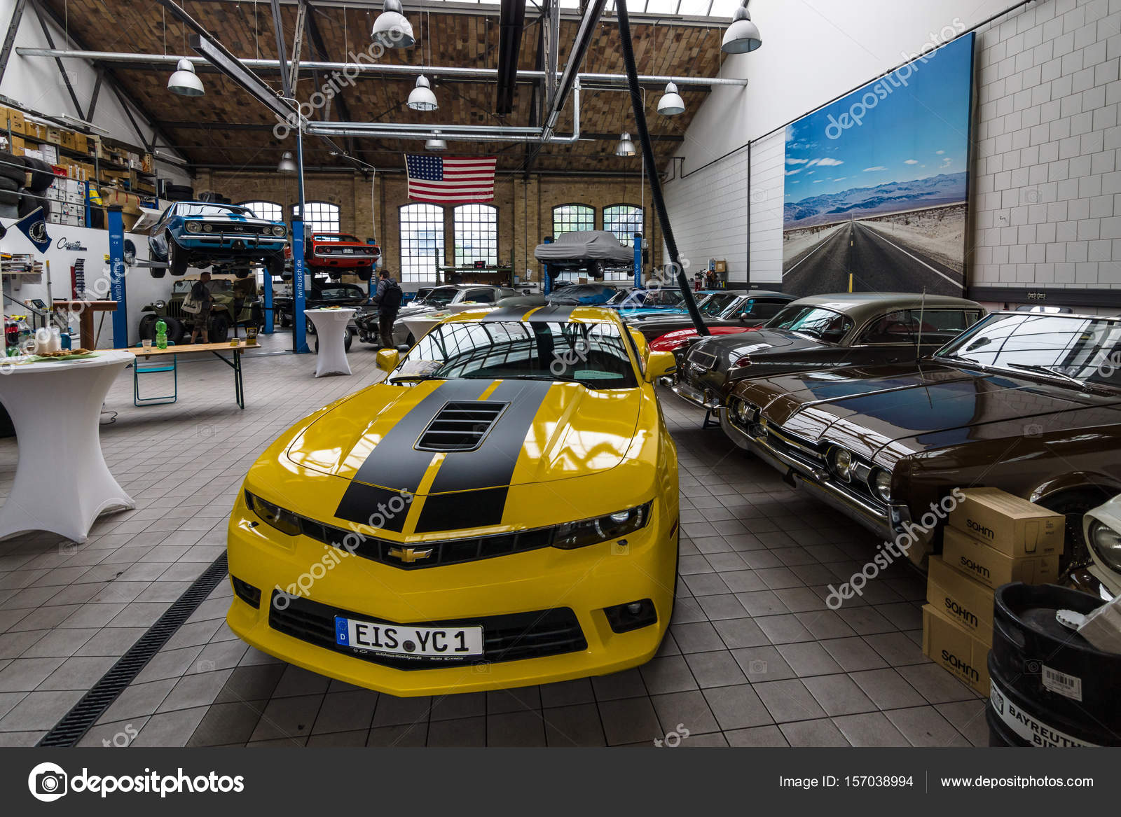 Car Workshop For Maintenance Of Classic American Cars Center Of