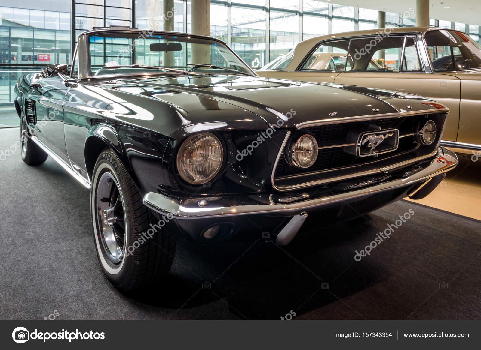 pony auto ford mustang v8 cabrio gt 1967 redactionele. Black Bedroom Furniture Sets. Home Design Ideas