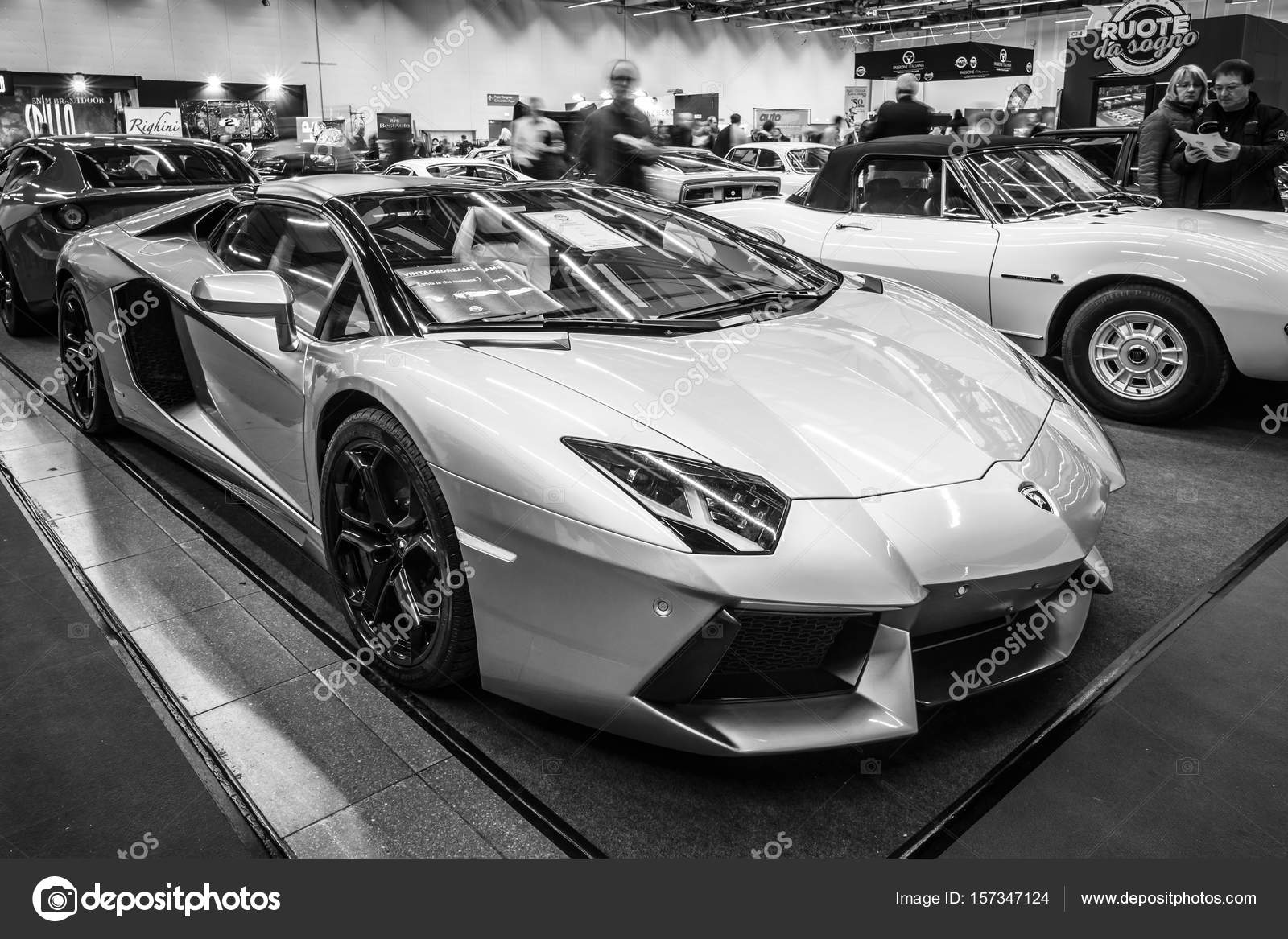 sports car lamborghini huracan lp 610-4, 2014. – stock editorial