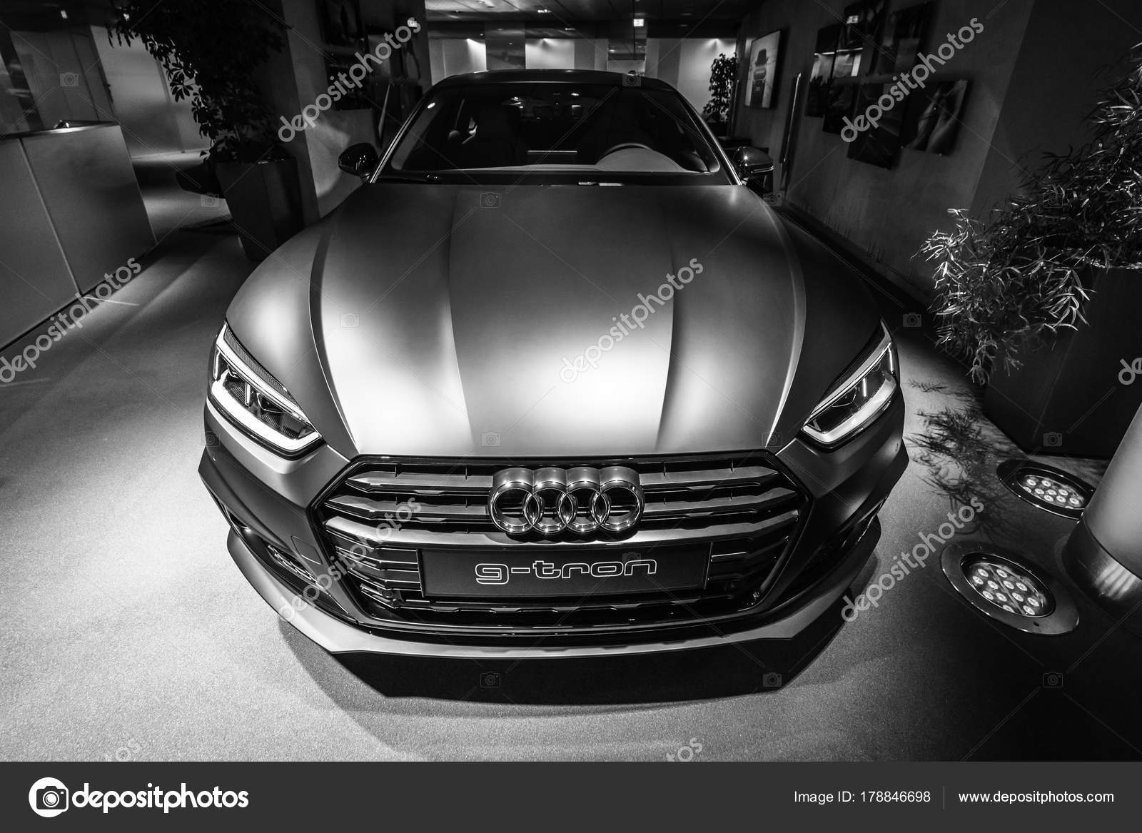 Berlin Dezember 2017 Showroom Kompakte Executive Auto Audi Sportback