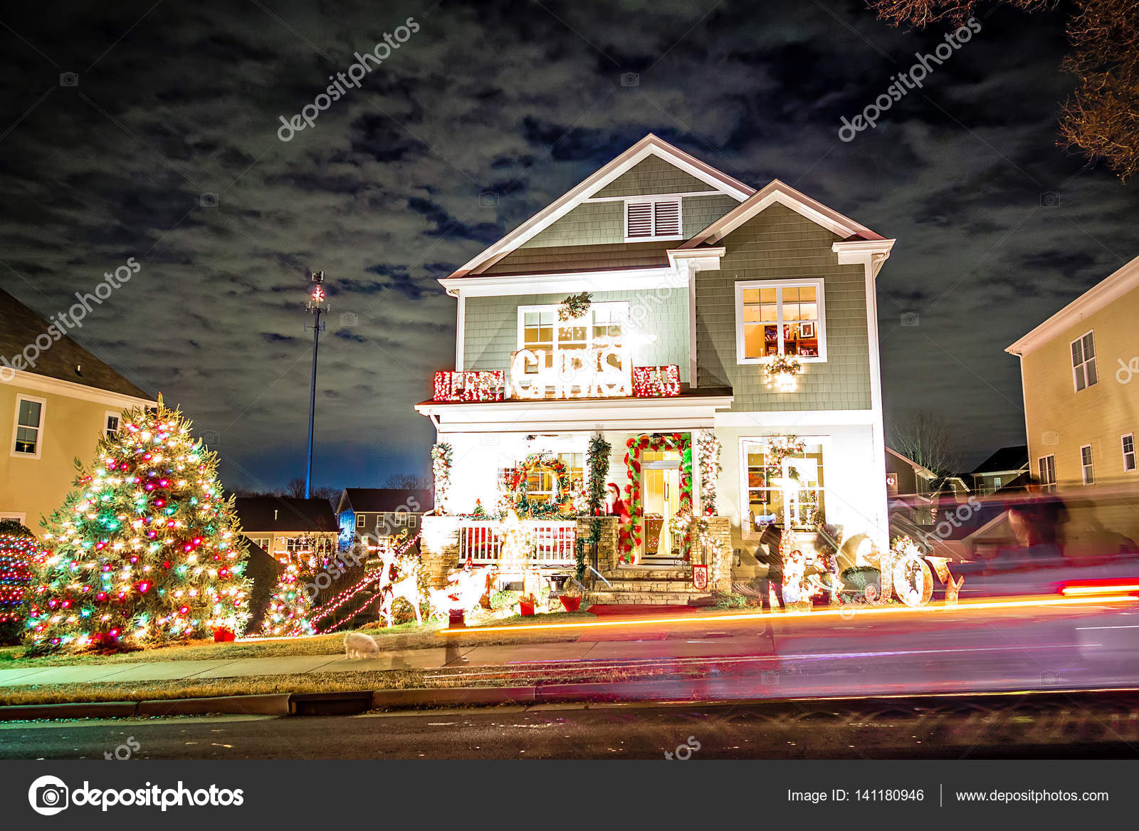 Outdoor christmas decorations at christmas town usa — Stock Photo