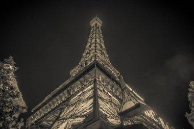 november 2017 Las Vegas, Nevada - evening shot of eiffel tower a