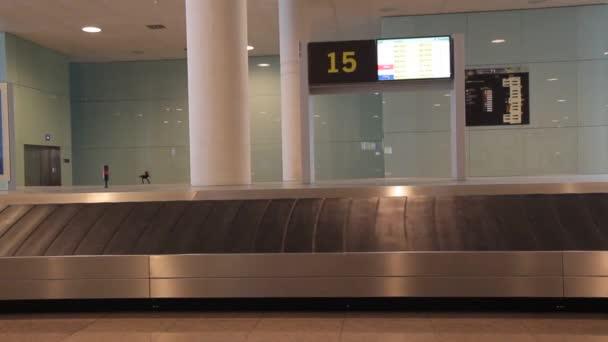 terminál letiště cestovní zavazadla