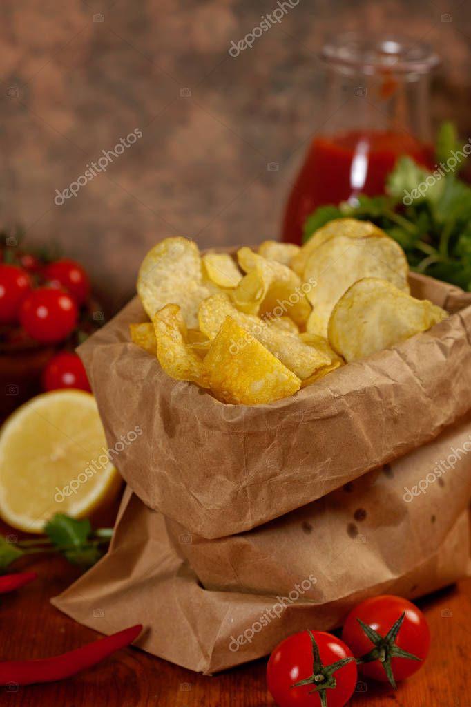 Knusprig Leckere Chips Für Einen Leckeren Snack Pause ...
