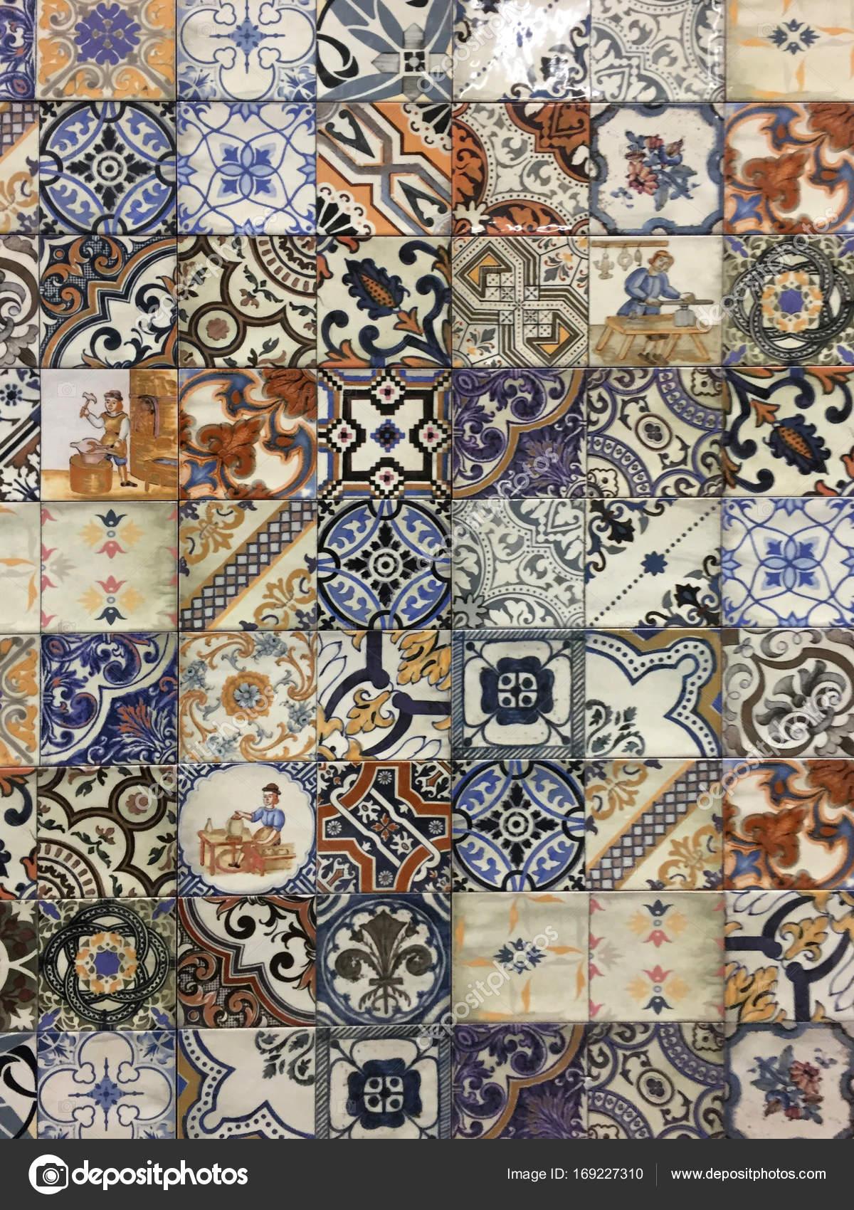 Piastrelle maiolica awesome ceramiche artistiche di liborio palmeri piastrelle fiore assortite - Piastrelle decorative ...