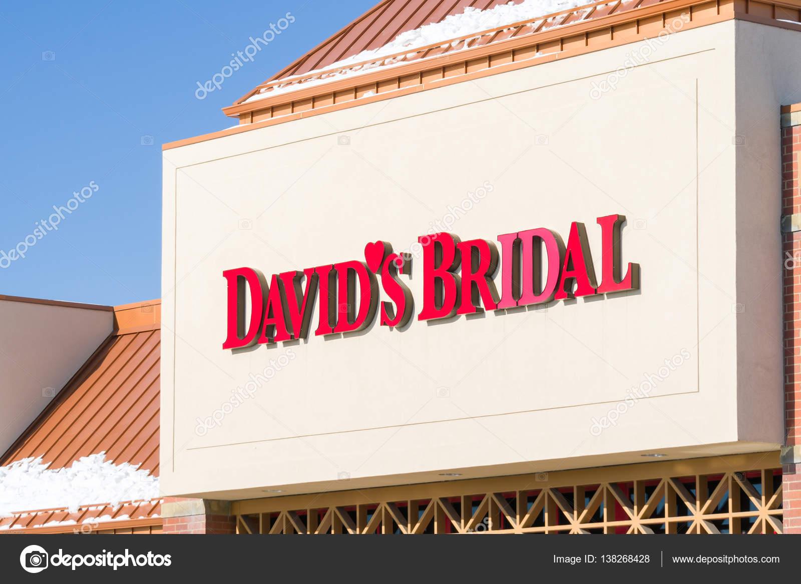 David S Bridal Exterior And Logo Stock Editorial Photo