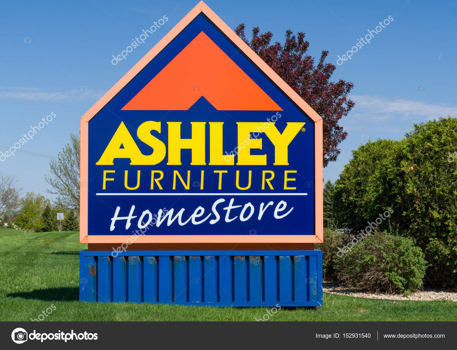 Ashley Furniture Store Exterior And Sign Stock Editorial Photo