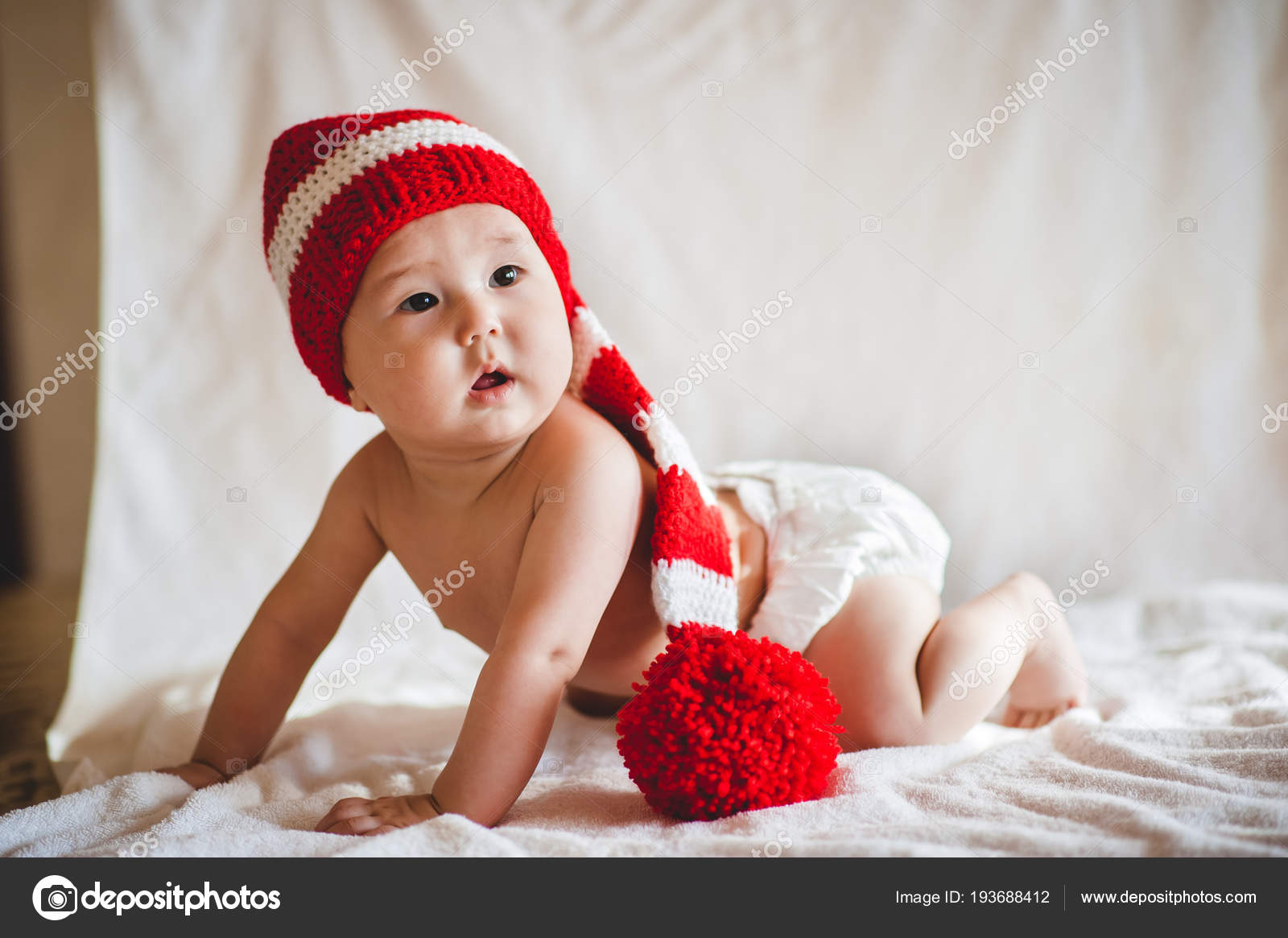 643aa86ec27 Portrait Asian Baby Elf Hat White Background — Stock Photo ...