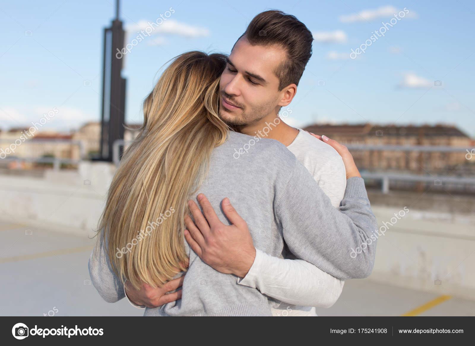 Ασιατικές φιλιά σε απευθείας σύνδεση dating