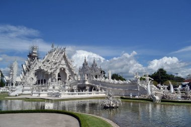 Closer to White Temple. Probably one of the most iconic temples