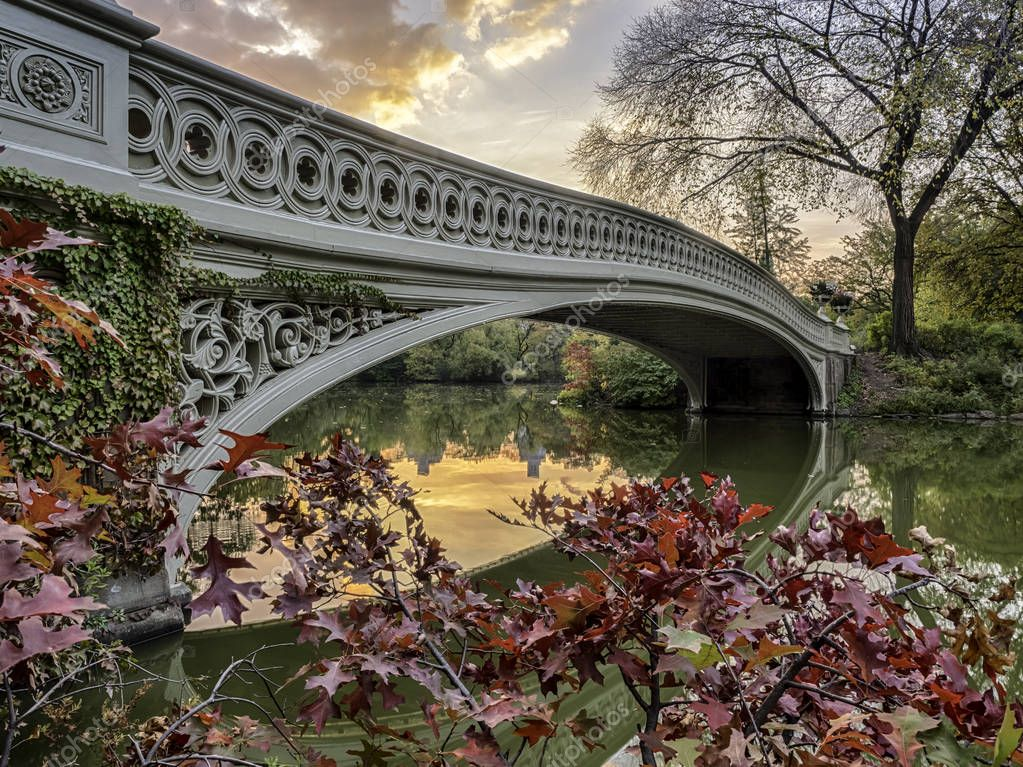 Bow bridge in early morning