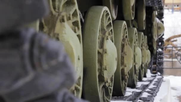 wheels tank treads battle transportation force military weapon