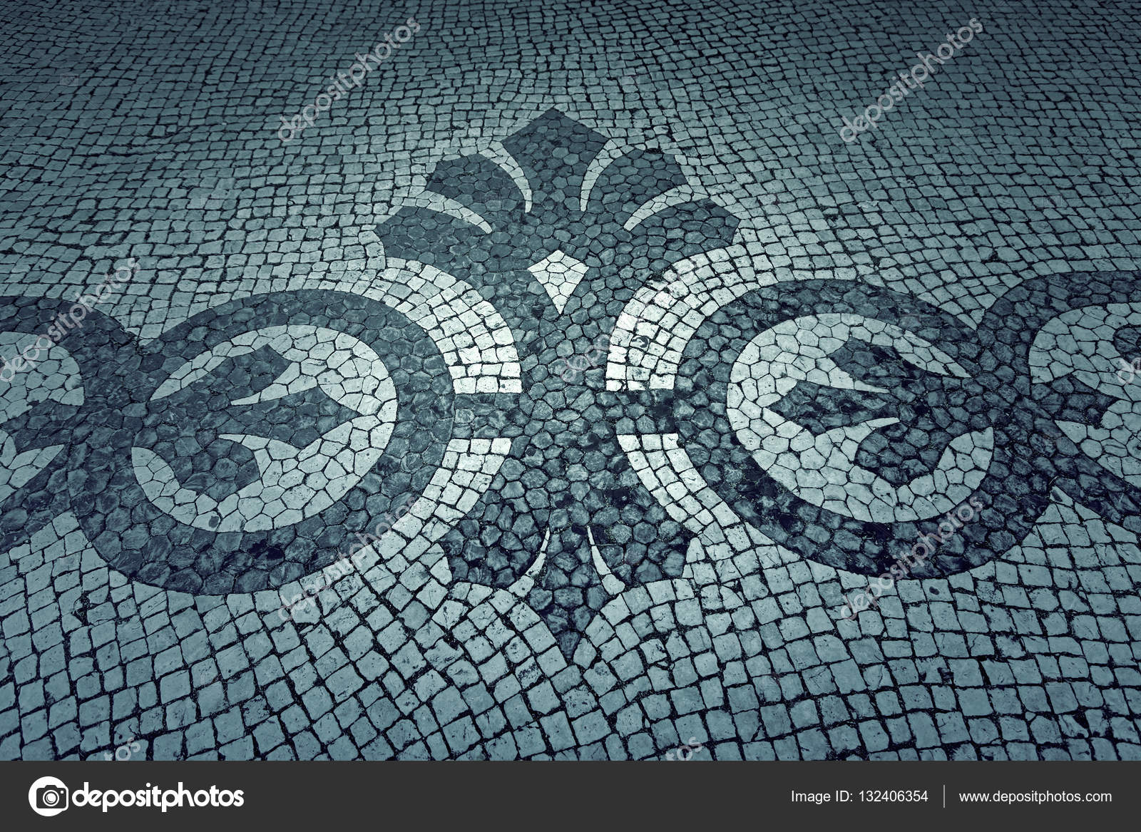 Bemalte Fliesen Stockfoto Celiafoto - Bemalte fliesen kaufen