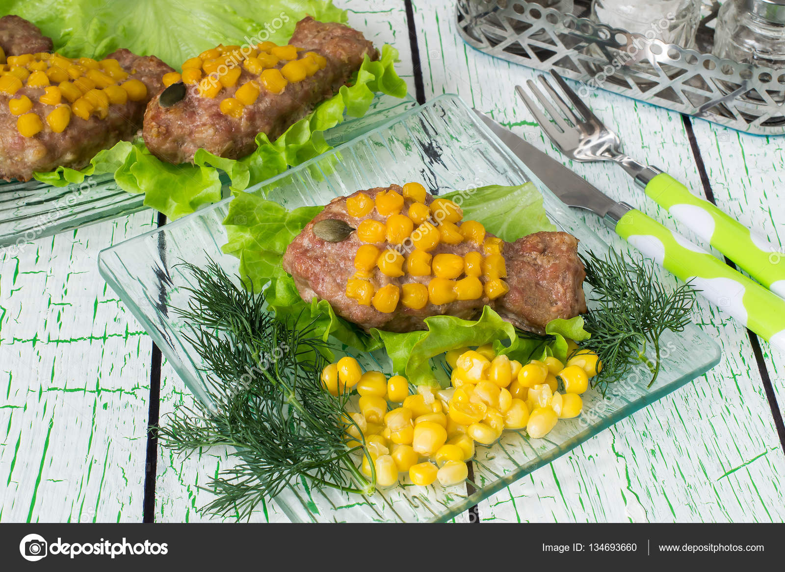Healthy child food: rissole with corn as a goldfish — Stock