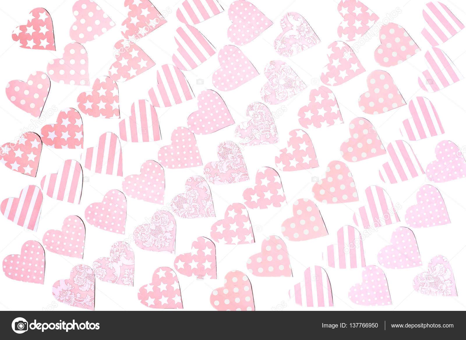 Girlanden aus zart rosa Herzen aus Papier zum Valentinstag ...