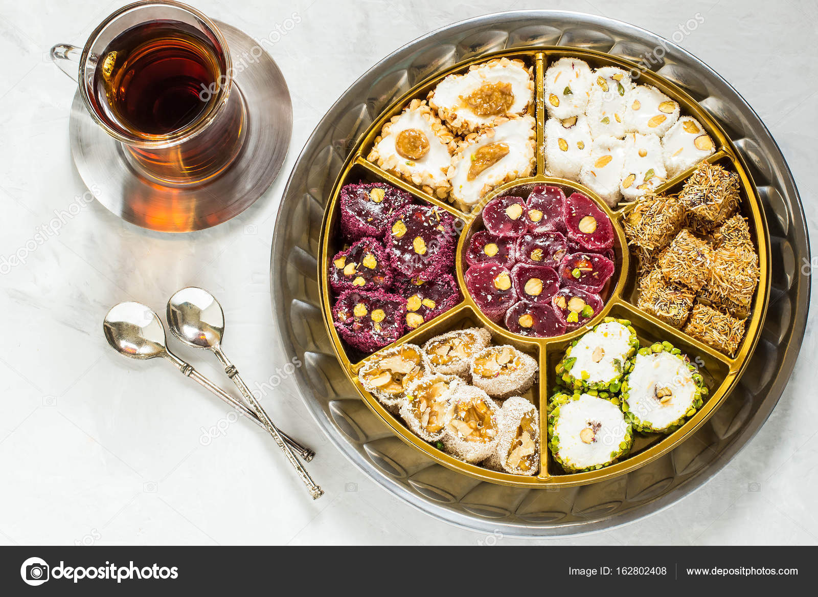 What make Turkish delight East sweets 100