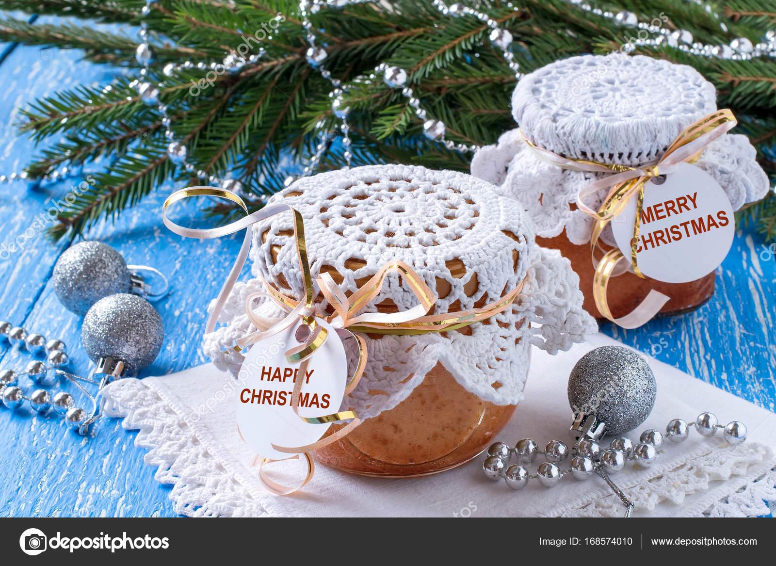 Pie mit karamellisierten Äpfeln in Gläsern, Weihnachtsgeschenk ...