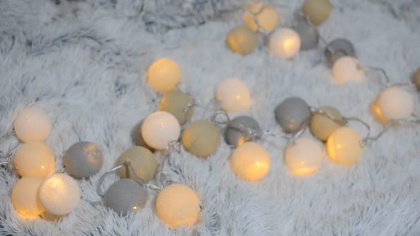 Ghirlande di lanterne delicato, bello come le sfere di filato