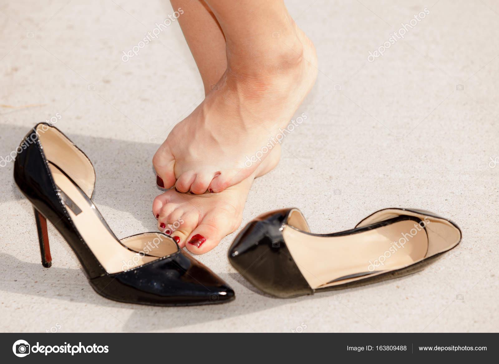 sexy Frauen tragen High Heels
