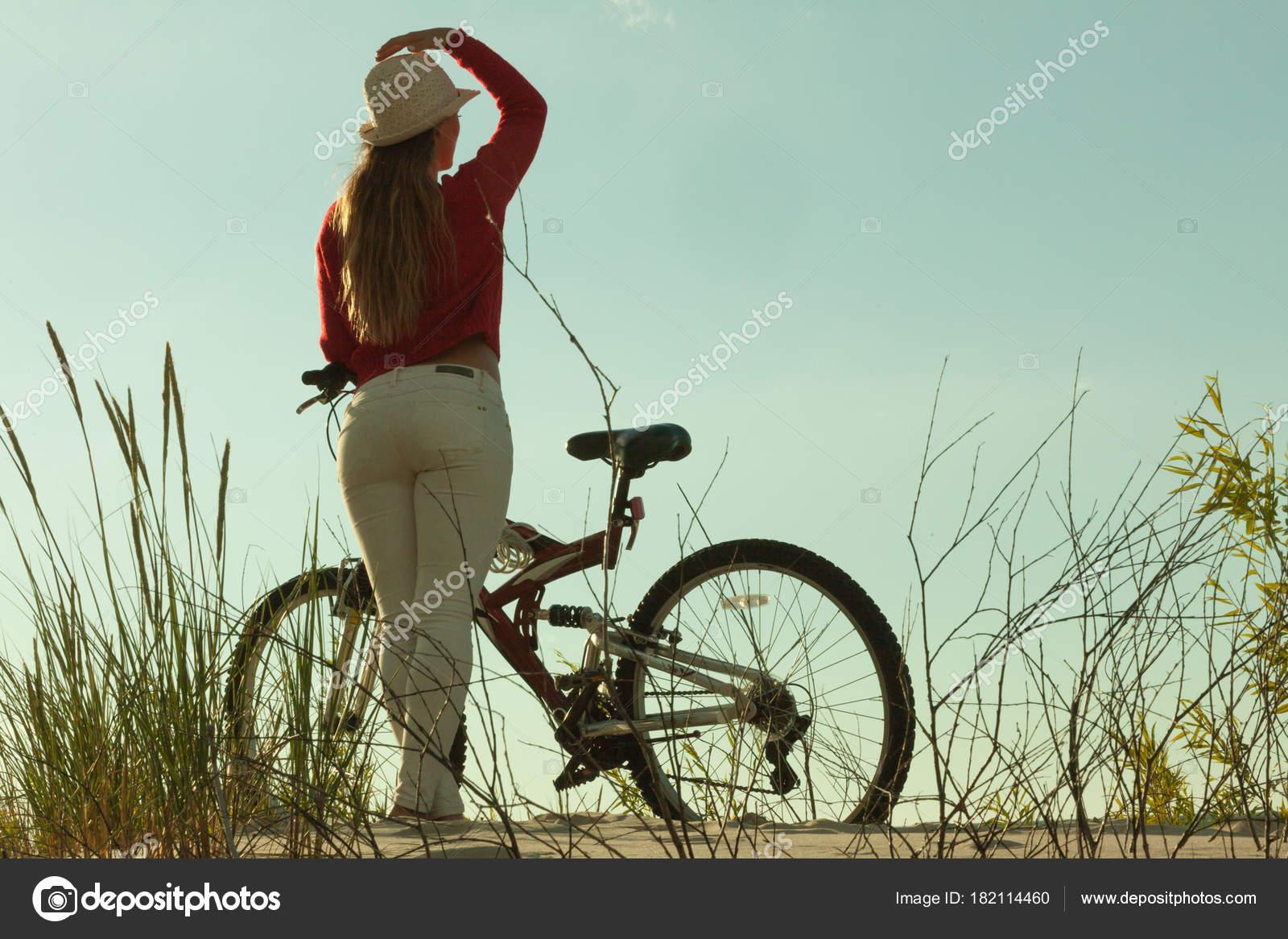 Сексуальные женщины в велоспорте