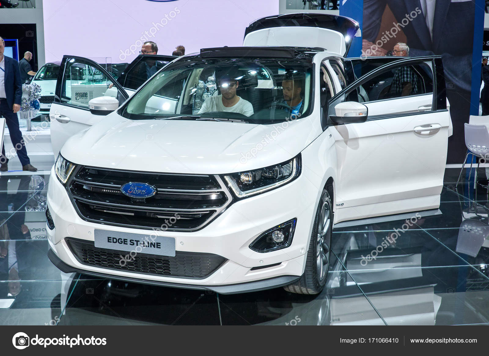 Ford Edge St Line Stock Photo