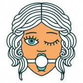 ikonisches Tätowierbild eines zwinkernden weiblichen Gesichts mit Ball-Gag
