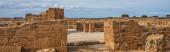 panoramatický záběr prastarého domu Thésea zříceniny v paphos