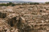 zříceniny starého archeologického parku v cypru