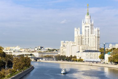 Kotelnicheskaya embankment building, view from the river