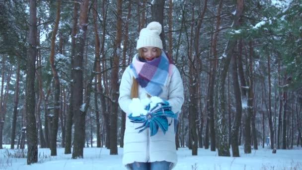 dívka v lese sněhu otevřete deštník
