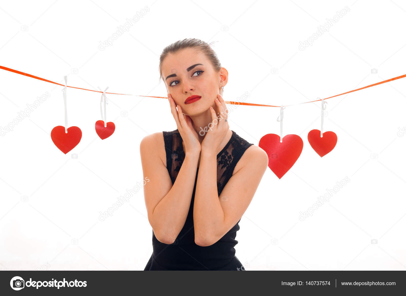 Любовь молодой девушки