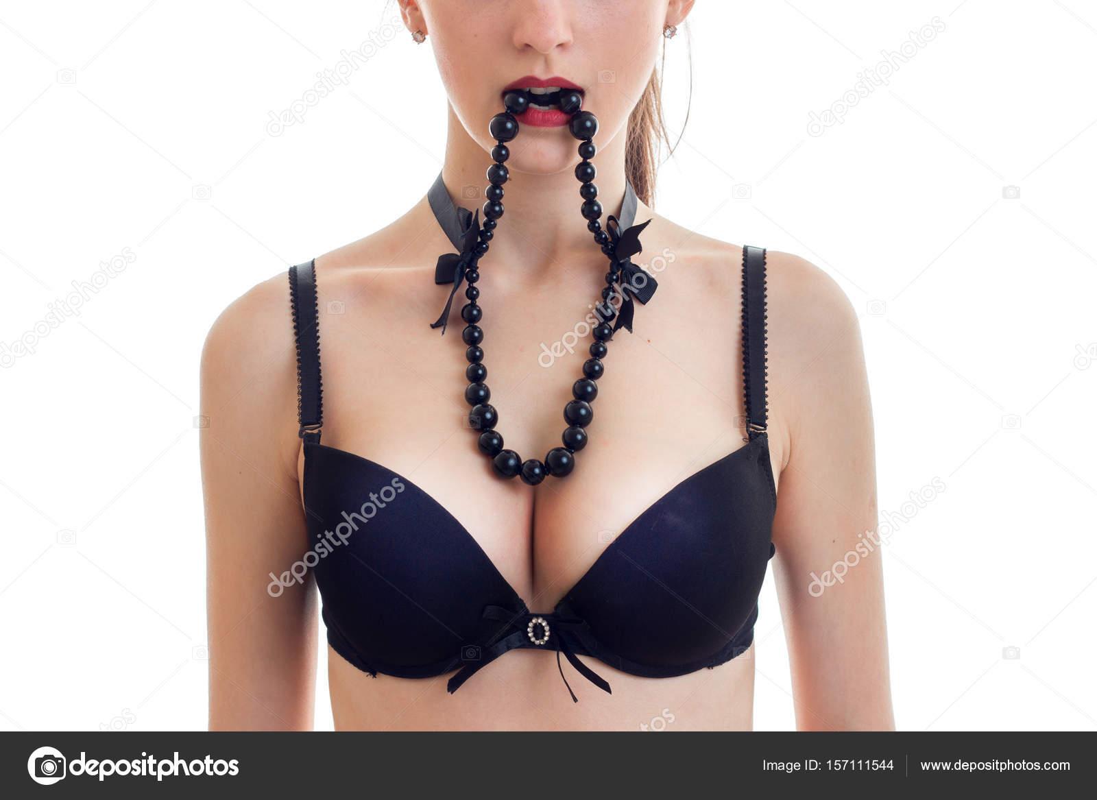 Nagy fekete mellek szex