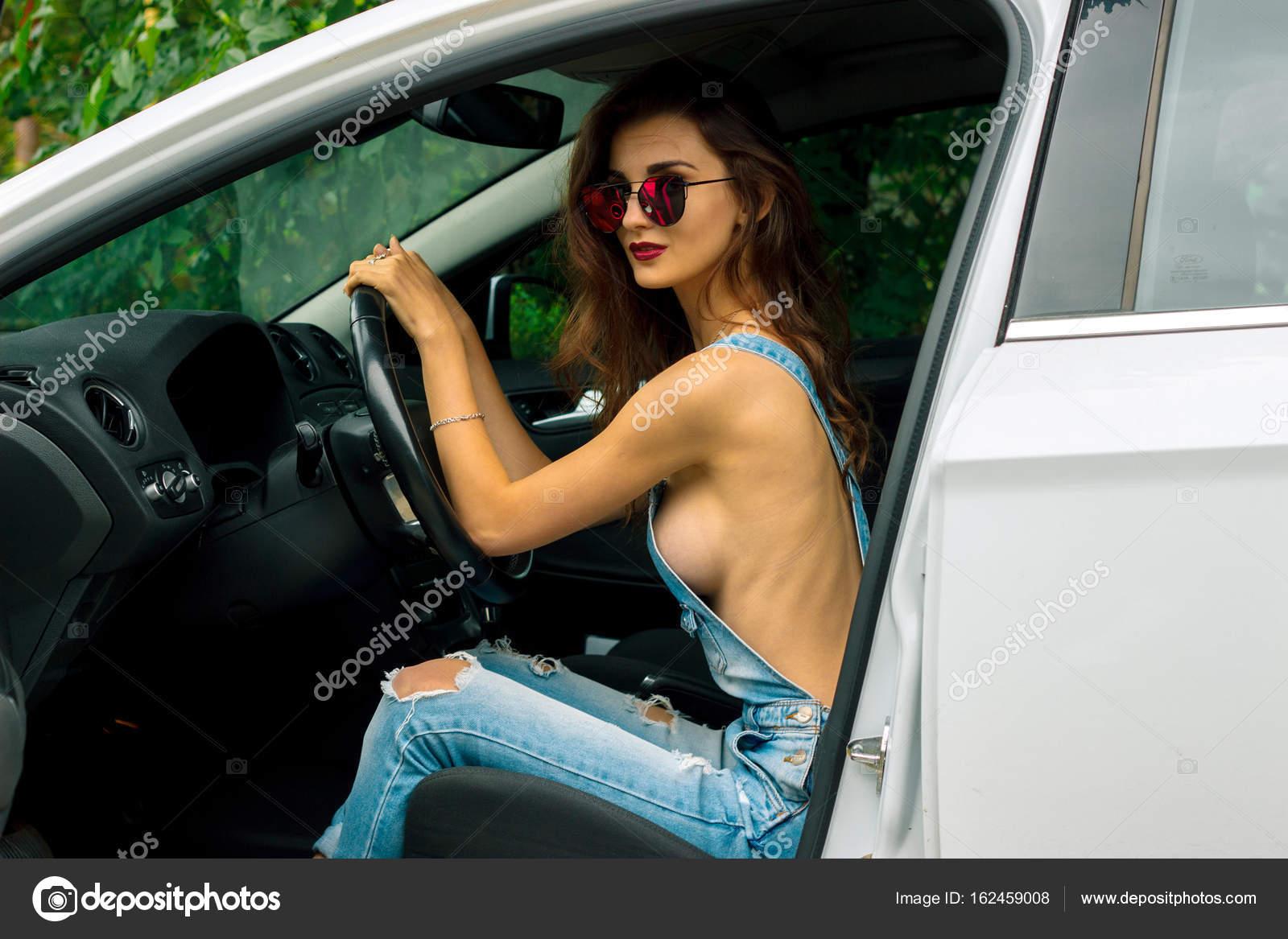 Nackt Auto