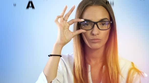Близорукие девушки видео, консультант мери кей пермь