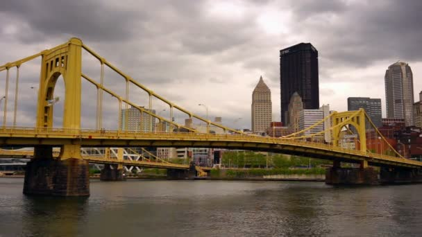 Žlutá most tří řek Pittsburgh centra městské panorama