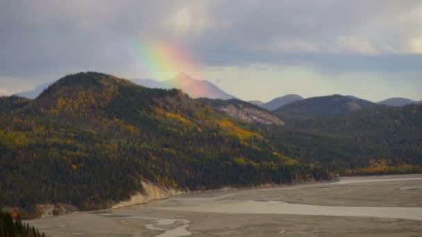 Rainbow formy Wrangell Mountains bouřka River Basin Aljaška