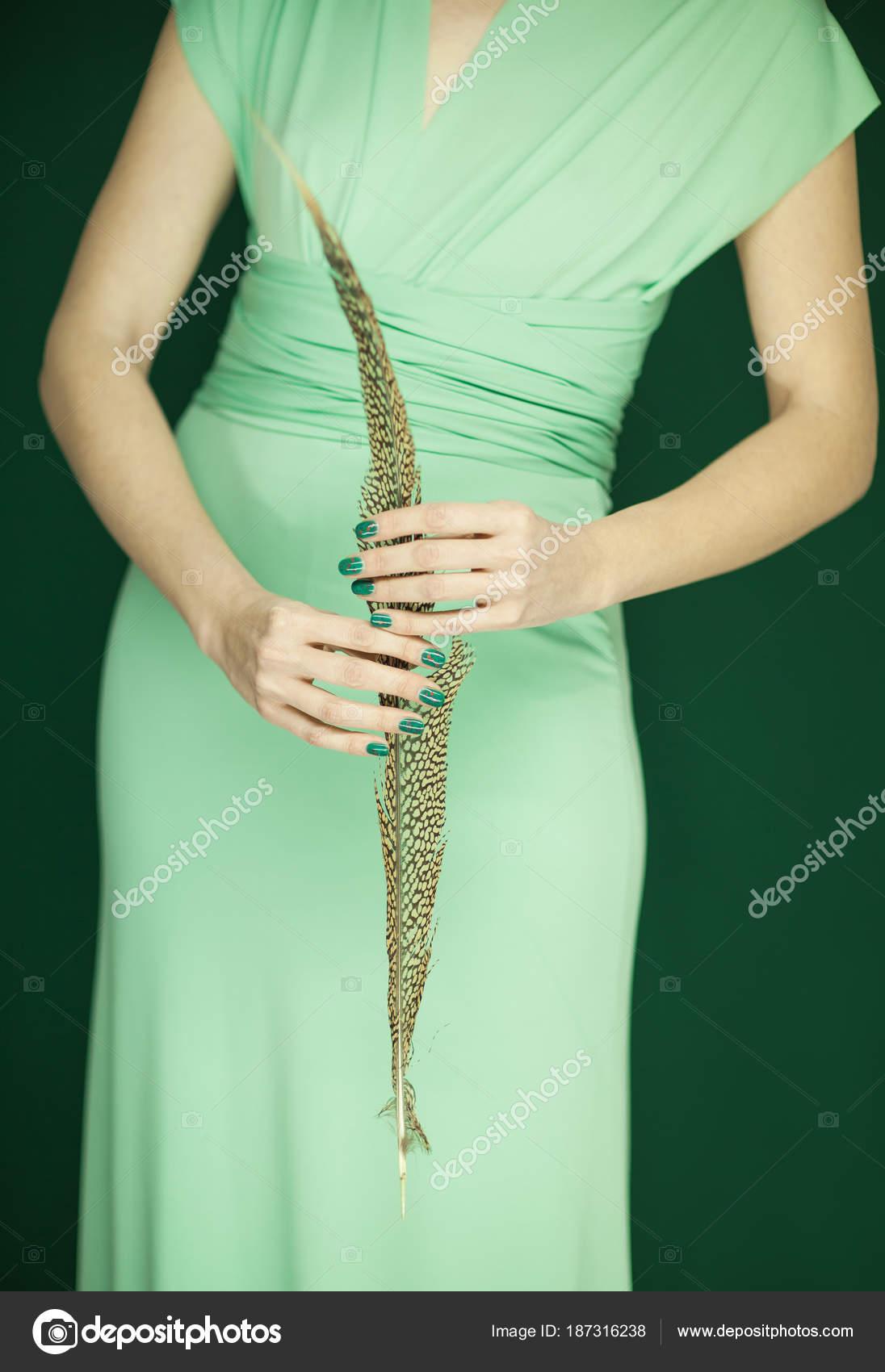 Figura Mujer Hermosa Dama Honor Vestido Verde Claro Con Plumas ...