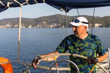 Man skipper at yacht race