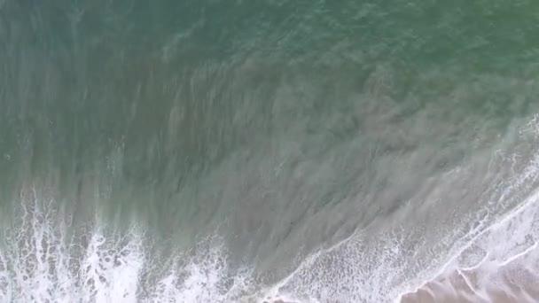 Nézd a tengerpart és a trópusi