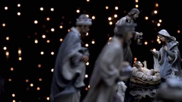 Narození postavy scénu Vánoce jesličky se světly