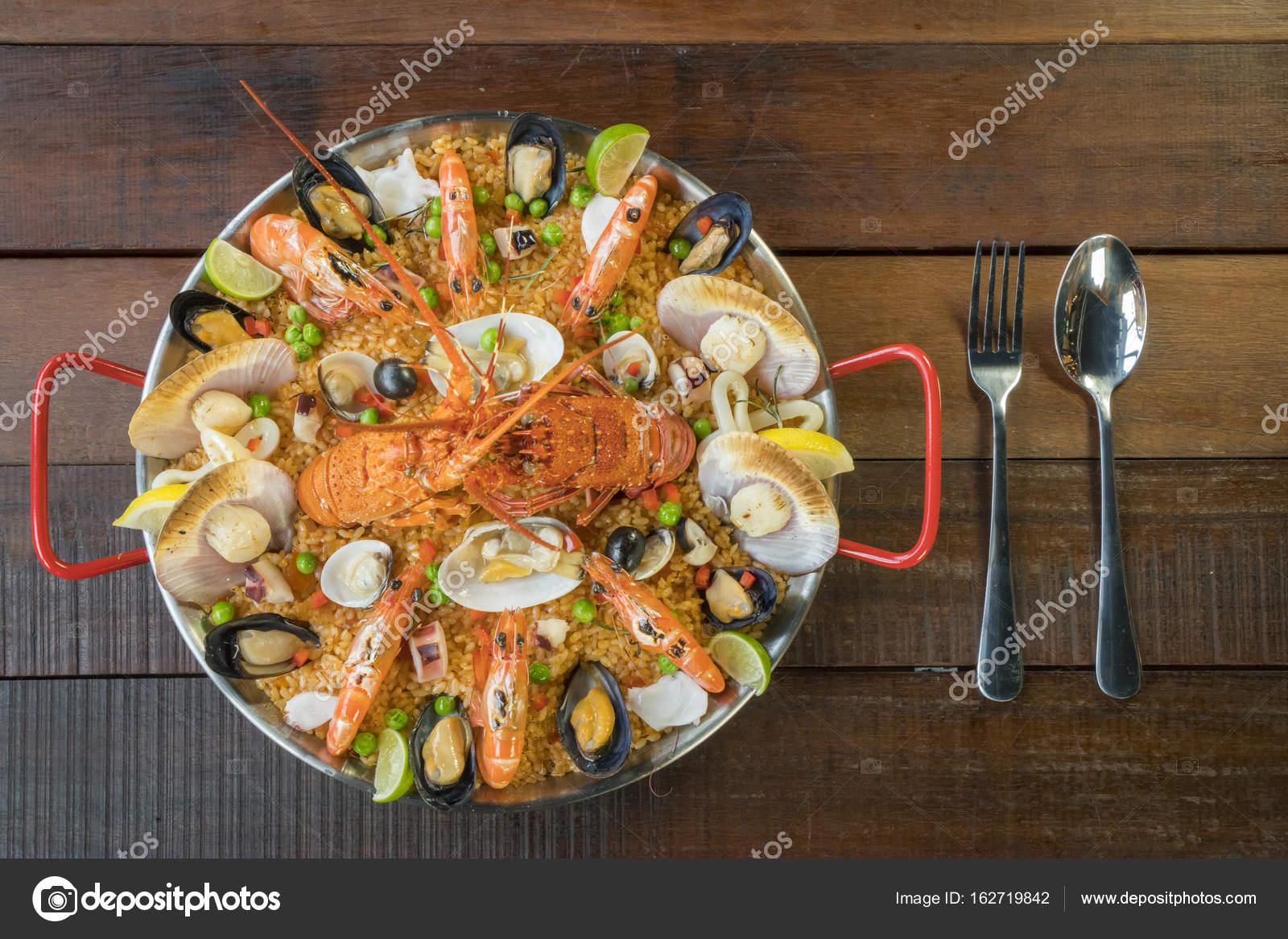 Gurme deniz ürünleri Valencia paella taze bilinenlerin 17da22dee2