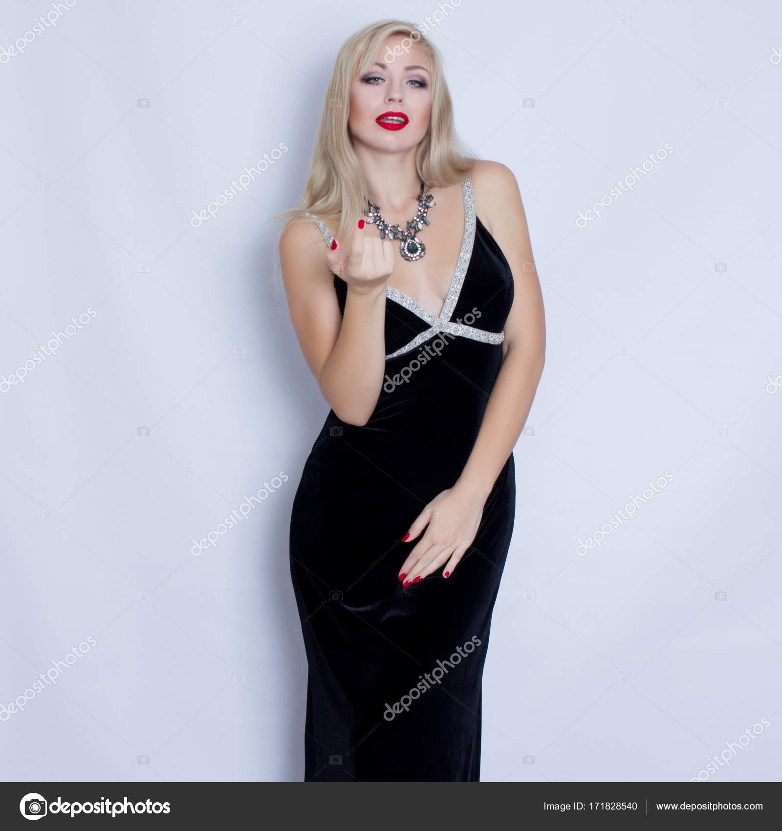 Robe de soiree noire fille