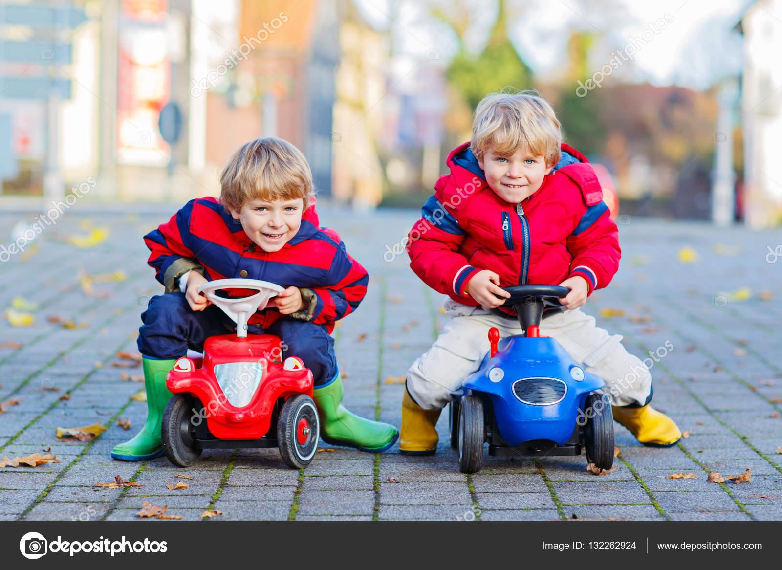 Пазлы для мальчиков онлайн. Играть в пазлы для
