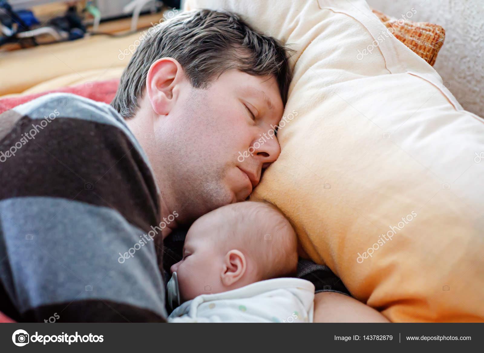 Фото секса пап с дочерьми, Секс папы с дочкой. Смотреть отец с дочкой порно фото 20 фотография