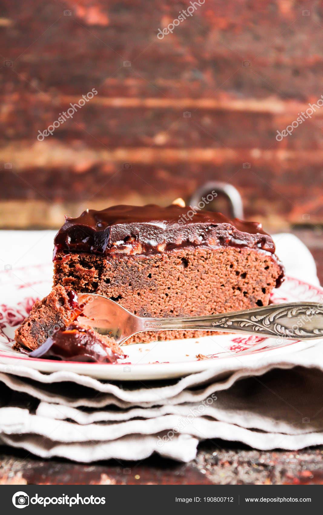 Торт с орехами и джемом 7